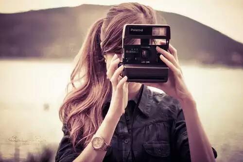 Ebay-en használtan is találsz jó polaroid gépeket.